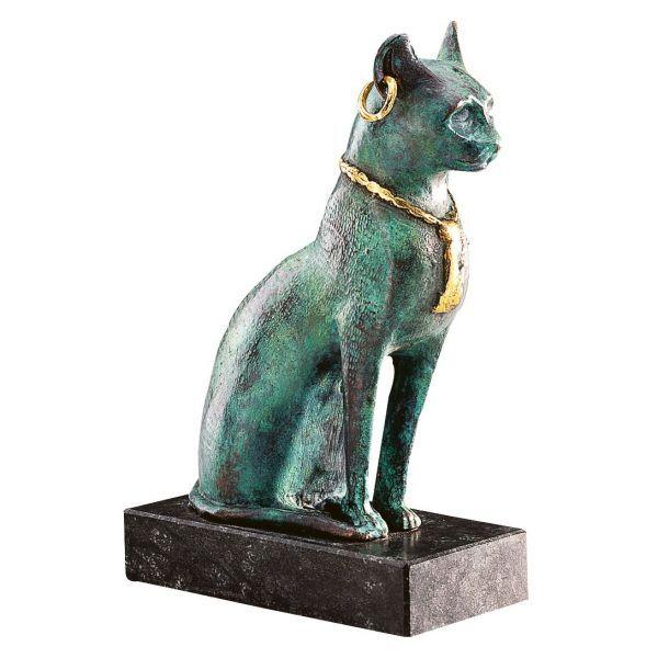 Bastet-Katze mit Collier