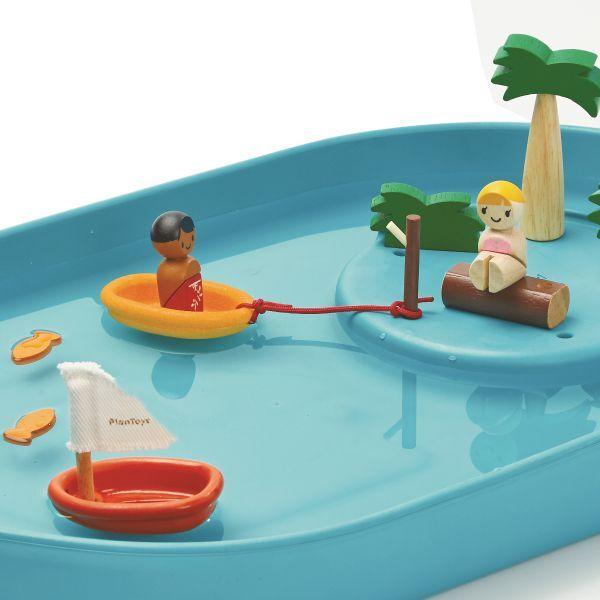 Wasserspiel aus Holz und Naturkautschuk
